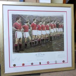 Framed Manchester United Signed Photograph with badges
